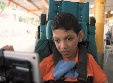 Meet Sayfullah, the trapped chatterbox